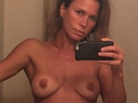 The <em>Fappening 2.0</em>: <em>Rhona Mitra</em> Nude Selfies!