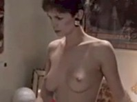 jamie-lee-curtis-topless-pictures-naked-stud-in-tree